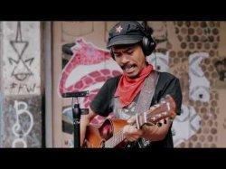 Chord Gitar & Lirik Lagu Bingung – Iksan Skuter: Kiri dikira Komunis, Kanan dicap Kapitalis