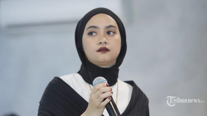 UNIQLO Gandeng Ayudia C Luncurkan Panduan Modest Wear Manual untuk Perempuan Berhijab